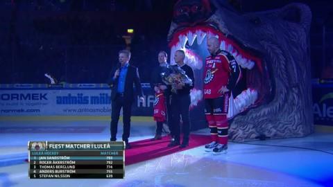 793 matcher i Luleå - då hyllas Janne Sandström