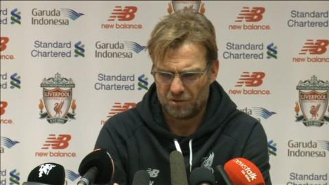 """Klopp frustrerad efter förlusten: """"Jag kan inte vara den som rullar bollen över linjen"""""""