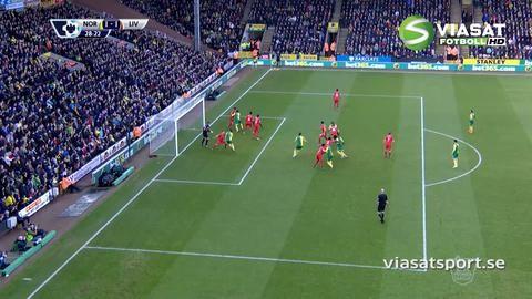 Mål: Mbokani klackar in kvitteringen för Norwich (1-1)