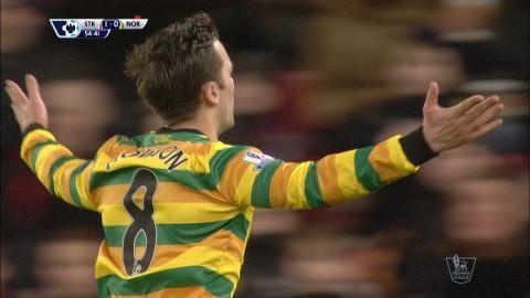 Mål: Snabb replik av Norwich - drömmål av Howson (1-1)