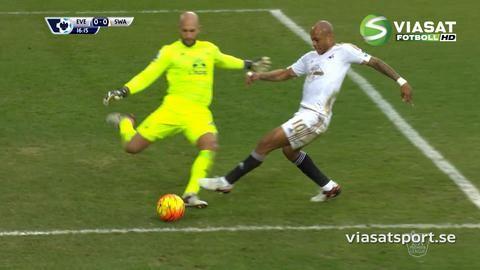 Mål: Swansea tar ledningen - Sigurdsson nätar på straff (0-1)