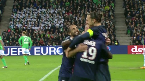 Zlatan trycker in 1-0 mot St Etienne på volley