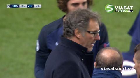 Mål: Cavani dunkar in ledningsbollen för PSG (2-1)