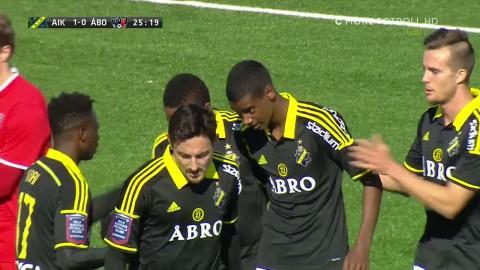 16-åringens fortsatta succé - målskytt för AIK