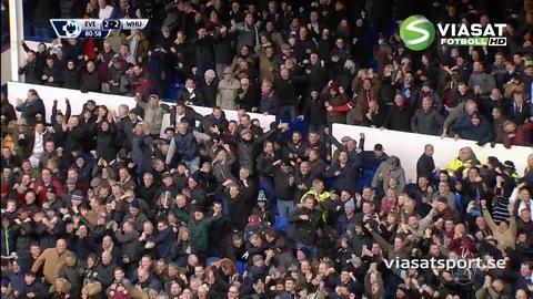 Mål: Sakho nickar in kvitteringen för West Ham (2-2)