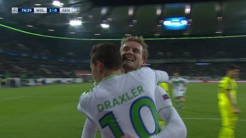 Mål: Schuerrle trycker in ledningen för Wolfsburg (1-0)