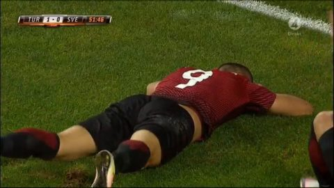 Turkiet millimeter från 2-0
