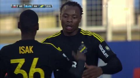 Carlos Strandberg kvitterar för AIK mot Helsingborg