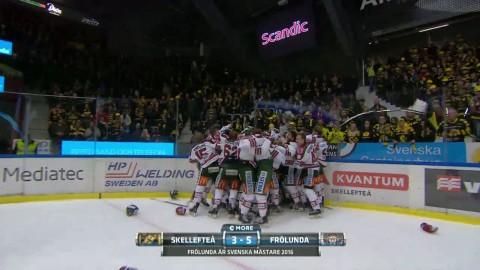 Här firar Frölunda SM-guldet på isen