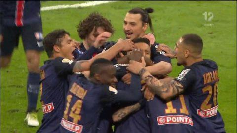 Här sätter Pastore 1-0 till PSG i ligacupfinalen