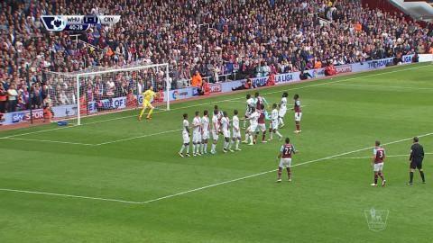 Mål: Payet fullbordar vändningen med en otrolig frispark (2-1)
