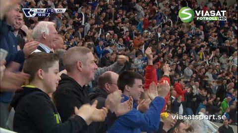 Mål: Townsend dundrar in ledningsmålet för Newcastle (1-0)