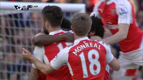 Mål: Welbeck placerar in ledningsmålet för Arsenal (1-0)