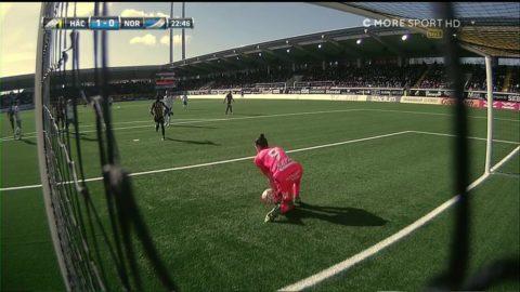 """Målvaktstabbe från Mitov ger Häcken 1-0: """"Vad gör han?!"""""""