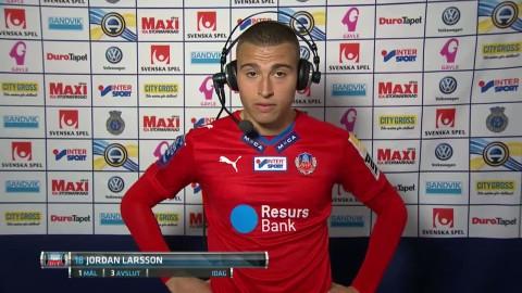 """Missnöjd Larsson: """"Vi släpper in dem"""""""