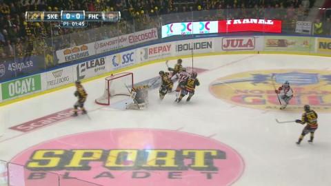 Så här såg det ut när Arttuti Lehkonen skickade in 1-0 mot SAIK