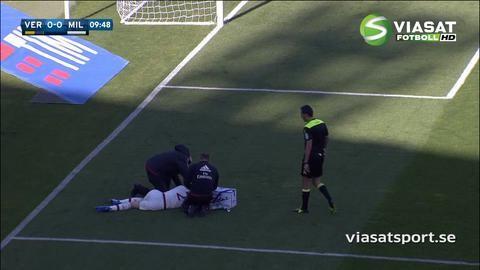TV: Milan-spelaren tvingades byta efter otäck ansiktsskada