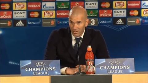 """Zidane hyllar Ronaldo: """"Världens bäste spelare"""""""