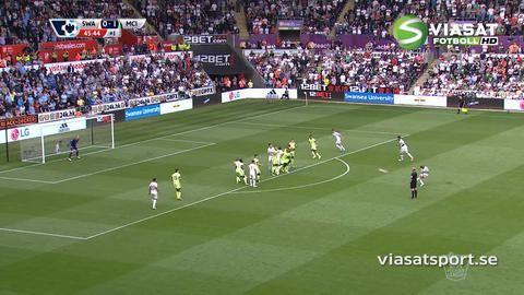 Mål: Ayew skruvar läckert in kvitteringen mot City (1-1)
