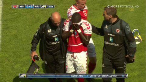 Papa Diouf i tårar efter smällen - tvingades utgå