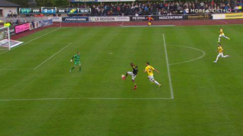 """Strandberg lobbar in 1-0 för AIK: """"Men vad gör Martler?!"""""""