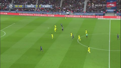 Zlatan sätter 1-0 i sista matchen