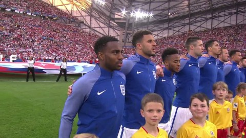 Mäktiga scener under Englands nationalsång