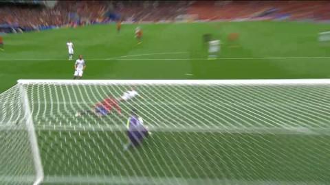 Morata nära att stöta in 1-0 - Cech räddar