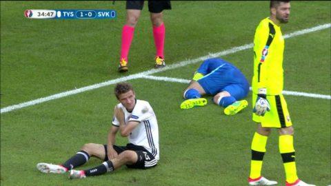 Müller i hård nickduell med Skrtel