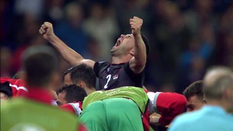Sadiku nickar in ett historiskt ledningsmål för Albanien