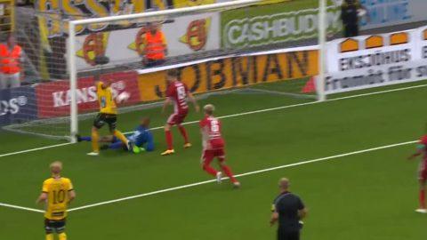 Elfsborg utökar ledning - Claesson gör sitt andra mål