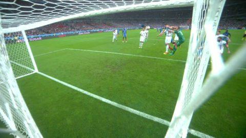 Giroud nickar in 5-1 kort efter reduceringen
