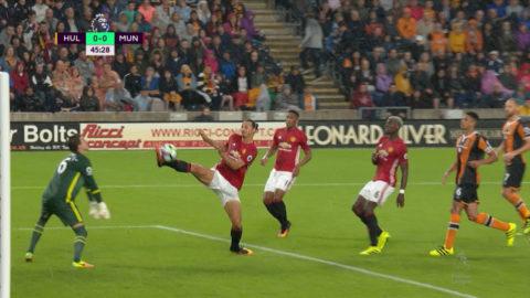 TV: Zlatan nära att ge Manchester United ledningen