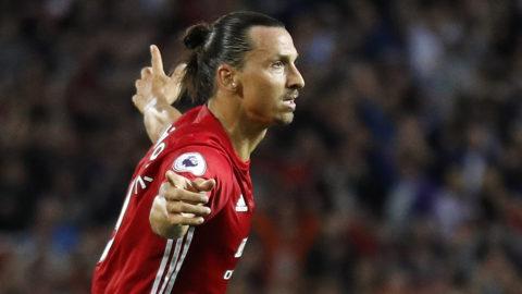 Zlatan inleder målskyttet mot Southampton