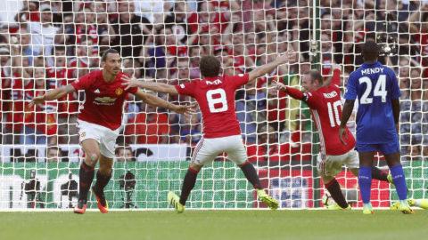 Zlatan ordnade säsongens första titel