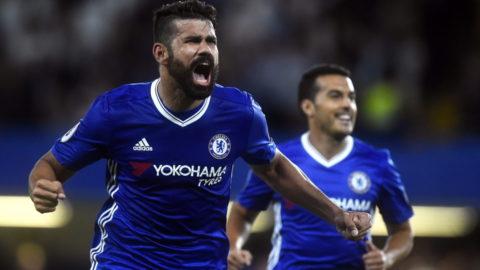 Costa räddade Chelsea med drömmål efter försvarstabbarna