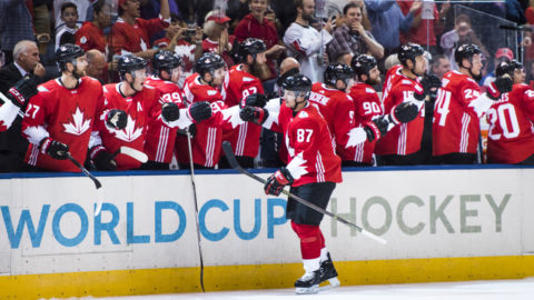 Crosby show - Kanada körde över Tjeckien i premiären