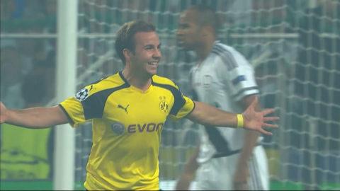 Götze öppnar målskyttet för Dortmund (0-1)