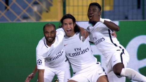 Mål: Cavani utökar PSG:s ledning med sitt första mål för kvällen (1-3)