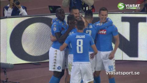 MÅL: Kapten Hamsik nickar Napoli upp i ledning