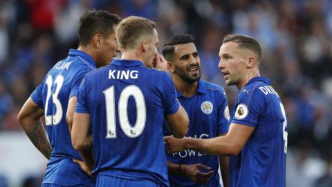 Mål: Okazaki öppnar målskyttet mot Chelsea (1-0)