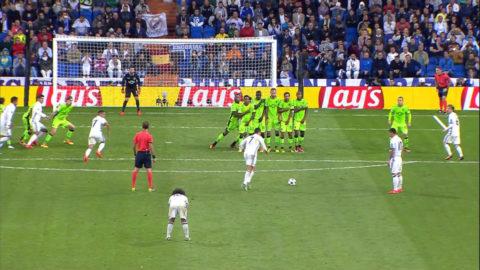 Mål: Ronaldo kvitterar med drömfrispark (1-1)