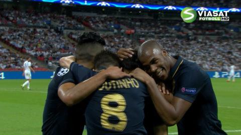 Mål: Silva öppnar målskyttet mot Tottenham (0-1)