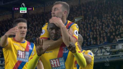 TV: Benteke visar klass - kvitterar mot Everton med kraftfull nick