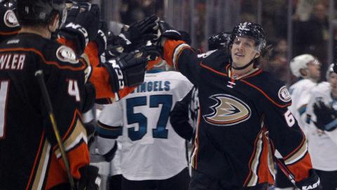 Klart: Rakell skriver nytt sexårskontrakt med Ducks