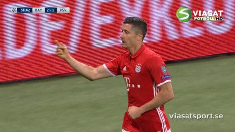 Lewandowski utökar för Bayern - trycker in returen (3-1)
