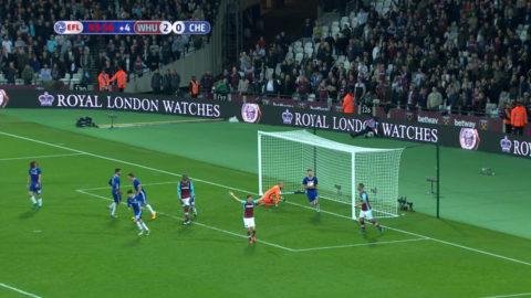 Mål: Chelsea reducerar med bara sekunder kvar i derbyt (2-1)