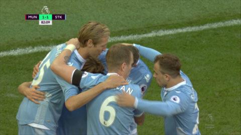 Mål: Stoke kvitterar - Allen nätar (1-1)