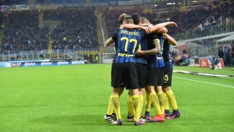Stormigt Inter tog tre poäng på San Siro