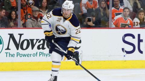 Johan Larsson matchhjälte - bröt Minnesotas rekordsvit
